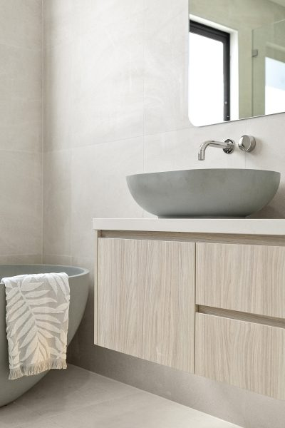 The Avora 34 Main Bathroom